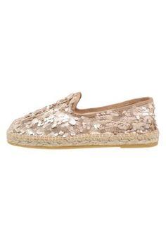 Espadrilles - beige Front Row, Espadrilles, Louis Vuitton, Beige, My Style, Sneakers, Shoes, Fashion, Kleding