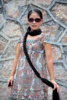 Xia Aifeng - Scarf with braid - ChinaLongHair Down Hairstyles, Girl Hairstyles, Braided Hairstyles, Super Long Hair, Braids For Long Hair, Beautiful Long Hair, Dream Hair, Hair Goals, Your Hair