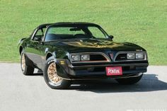Smokey's 1977 Pontiac Trans Am SE