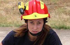 Esta foto de una mujer bombero que combatía gigantesco incendio está dando mucho de qué hablar   Argentina