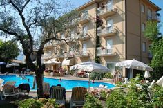 Hotel Romeo - Torri del Benaco ... Garda Lake, Lago di Garda, Gardasee, Lake Garda, Lac de Garde, Gardameer, Gardasøen, Jezioro Garda, Gardské Jezero, אגם גארדה, Озеро Гарда ... Welcome to Hotel Romeo Torri del Benaco, Away from traffic, Hotel Romeo is a 2-minute walk from the centre of Torri del Benaco. Walk a little more and you will reach the shores of Lake Garda. Free parking is available on site. Romeo Hotel offers air-conditioned rooms with private b
