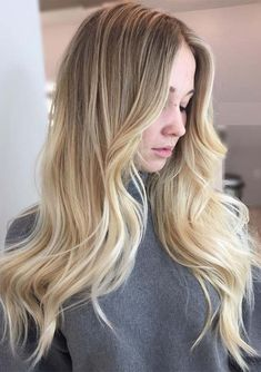 Looking for best ideas of blonde and balayage hair colors? Look at here some of the best styles of dark blonde hair colors with unique balayage highlights to sport with 2018. These are adorable ideas of hair colors for all the fashionable ladies to show off in 2018. Wear this hair color with long, medium & short hair.