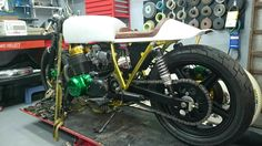Honda Cb750 bored to 836cc ready to be painted.