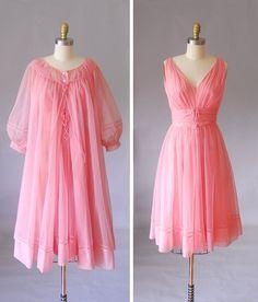 e91a1926290 Shadowline 50s pink peignoir set