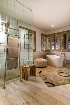 Jeeves: Chic Heated Towel Rail Trends For The Perfect En-Suite Bathroom Palette, Heated Towel Rail, Powder Room, Bathroom Accessories, Trends, Interior Design, Luxury, Chic, Home Decor