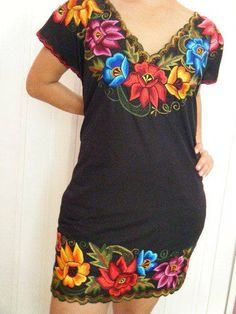 Colorful embroidery / Mexican dress / colorido bordado / vestido mexicano