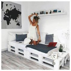 Black + Grey + White + Pallet Daybed: Pallet bed/couch for studio? - Black + Grey + White + Pallet Daybed: Pallet bed/couch for studio? Black + Grey + White + Pallet Daybed: Pallet bed/couch for studio? Pallet Daybed, Pallet Furniture, Pallet Couch, Furniture Ideas, Wooden Pallet Beds, Wooden Sofa, Diy Daybed, Diy Pallet Bed, Pallet Patio