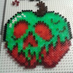 Apple Snow White hama beads by criskeira