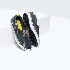 Bild 4 av SNEAKERS I NÄT MED KAMOUFLAGETRYCK från Zara Plimsolls, Vans Sneakers, Zara United States, Boys Shoes, Camouflage, Boy Outfits, Boy Or Girl, Slip On, Style