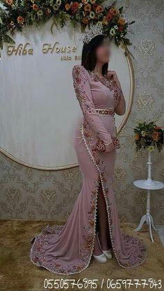 Caftan Dress, Hijab Dress, Simple Dresses, Beautiful Dresses, African Bridesmaid Dresses, Abaya Designs, Moroccan Dress, Royal Dresses, Evening Outfits