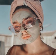Draw out dirt and impurities with this at home detox mud mask! Korean Eye Makeup, Asian Makeup, Best Face Mask, Diy Face Mask, Epoch Mud Mask, Marine Mud Mask, Glacial Marine Mud, Korean Makeup Tutorials, Shrink Pores