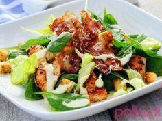 Sałatka z kurczakiem a la cezar - przepis Ani Starmach -Przepis na #polkipl #salad #salatka Cooking Recipes, Healthy Recipes, Italian Recipes, Love Food, Salad Recipes, Food Porn, Food And Drink, Easy Meals, Healthy Eating