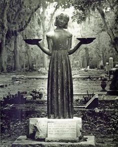 1000 images about midnight in the garden of good and evil on pinterest bonaventure cemetery for Imdb midnight in the garden of good and evil