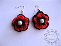 Make your pair of flower earrings with pearls.