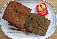 Gourmet Girl Cooks: Cinnamon Raisin Bread - Low Carb & Grain Free