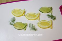 Best garnish for fish dishes is a lemon garnish. I have 11 easy garnish ideas from a lemon with step by step photos and video.Coupon Michaels Arts And Crafts Info: 6101501582 Lemon Fish, Food Plating Techniques, Fruit Garnish, Food Garnishes, Garnishing Ideas, Food Carving, Veggie Tray, Veggie Food, Vegetable Carving