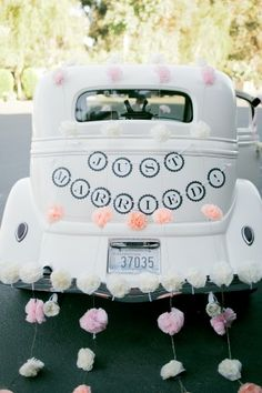 Vintage White Getaway Car | Photography by http://troygrover.com/