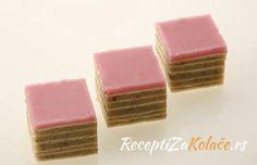 Sastojci:  1 pakovanje kora za rozen tortu 300 gr. šećera 150 ml. vode 300 gr. mlevenih oraha ...