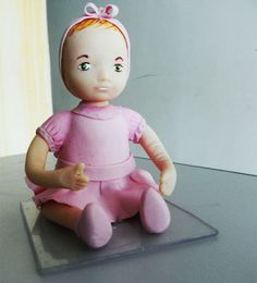 Topo de bolo em bisquit. Confeccionamos nossos produtos com muito amor e carinho, para atender bem nossos clientes.