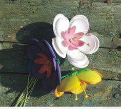 Resultados de la Búsqueda de imágenes de Google de http://manualidadesconfoamy.com/wp-content/uploads/2013/04/flores-goma-eva-foamy.jpg
