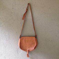 Bag couro Area Objetos R$100,00