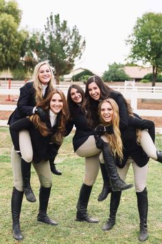 On a College Equestrian Team making memories The Effective Pictures We Offer You About Horse Riding Outfit summer A quality picture can Equestrian Girls, Equestrian Boots, Equestrian Outfits, Equestrian Style, Equestrian Fashion, Horse Riding Clothes, Riding Hats, Horse Riding Boots, English Riding