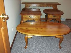 Solid Oak Coffee Table End Table Set (broyhill Solid Oak 4 Pc) Euc