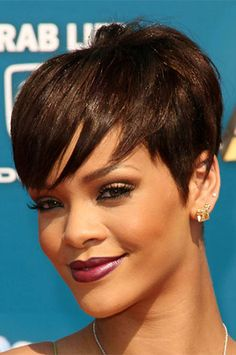 Free Shipping!!Only $63!!!! 100% human hair Rihanna Style Glueless Cap Wigs .http://www.premierlacewigs.com/short-human-hair-glueless-cap-machine-made-wigs-wb01.html