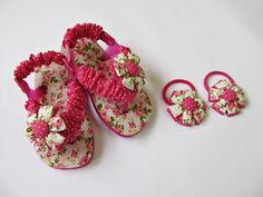 chinelo infantil e elástico com flor | koisa de Maria | Elo7