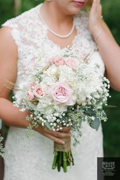 Wedding flower photos: Light pink and white gorgeous wedding bouquet inspiration Wedding Flower Photos, Wedding Flowers, Senior Portraits, Wedding Bouquets, Crown, Pink, Inspiration, Fashion, Biblical Inspiration