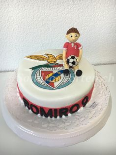 Am Fussballer Romiro alles liabi zum 9. Geburtstag
