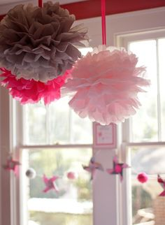 decorative pomoms for little girls bedroom or birthday parties