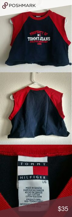 Tommy Hilfiger Muscle Crop Top This crop top is in amazing condition! This piece is great to add a sporty feel to any outfit. This piece is also in a size large BOYS. :) Tommy Hilfiger Tops Crop Tops