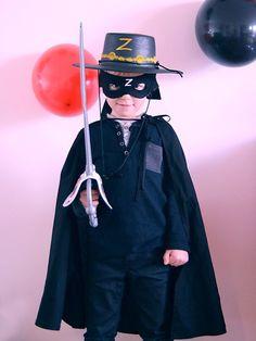 2b385506f6efa 35 Best Zorro Party Inspiration images