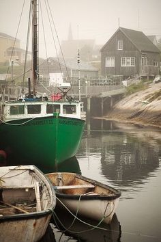 Green Fishing Boat on the east coast of Canada. - Green Fishing Boat on the east coast of Canada. Old Boats, Small Boats, Seaside Village, Boat Art, Photo Images, Fishing Villages, Wooden Boats, Tall Ships, Fishing Boats