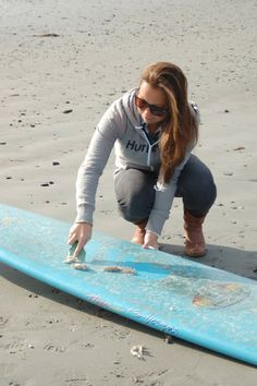 Gets your board cleaner and YOU back in the water, faster! #waxbuddy #endlesswave #surf #recycle