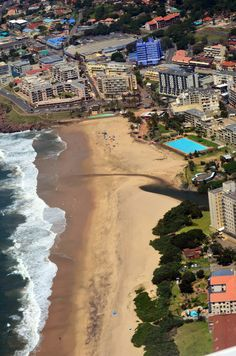 Situated on Margate's popular main beach just 153km south of Durban, this high-rise development consists of 63 luxury 3-bedroom apartments overlooking the Indian Ocean.