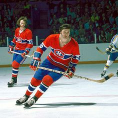 Peter Mahovlich and Larry Robinson