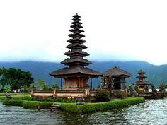 Pura Ulun Danu Temple, Bali. By Muh Aulia
