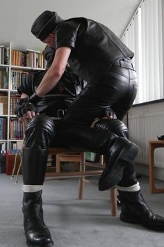 Leather ~ rubber ~ speedos ~ stunning guys : Photo | PLAY ...