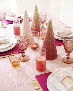 Pink Sugar Plum Christmas Tablescape + FREE Printables - ideas on styling and DIY table decor projects for the holidays! Mini Christmas Stockings, Pink Christmas, Christmas Ideas, Christmas Decorations, Diy Candle Holders, Diy Candles, Festive Crafts, Diy Crafts, Pink Gold Party