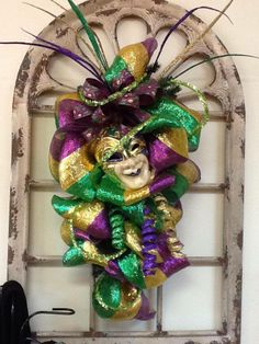 Mardi Gras Swag-very pretty.  Need two just like this for my door!!!