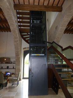 Fahrstuhl zu den Suiten vom Locanda Palazzone