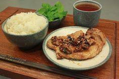 大蚊廚房 : 蜜糖味噌煎豬扒 配 琥珀合桃 (光波爐食譜)
