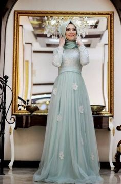 Islamic Fashion, Muslim Fashion, Modest Fashion, Hijab Fashion, Fashion Dresses, Grad Dresses, Dress Outfits, Evening Dresses, Bridesmaid Dresses