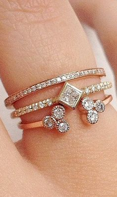 34 totally perfect, real-girl wedding ring stacks.