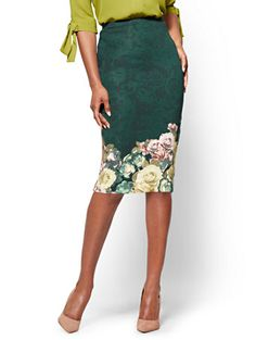 Shop 7th Avenue - Pull-On Pencil Skirt - Green - Floral . Find your perfect size online at the best price at New York & Company.