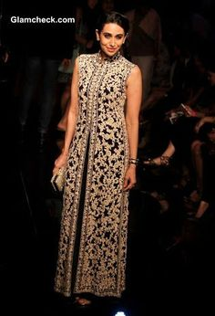 Karisma Kapoor at Lakme Fashion Week 2014 Winter Festive Grand Finale Ethnic Outfits, Indian Outfits, Ethnic Fashion, Asian Fashion, India Fashion, Indian Attire, Indian Wear, Pakistani Dresses, Indian Dresses