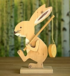 Xmas Crafts, Easter Crafts, Crafts To Make, Wood Crafts, Wooden Scooter, Easter Gifts For Kids, Easter Art, Scroll Saw Patterns, Minimalist Art