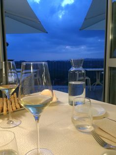 A nice place to have dinner with a beautifull view